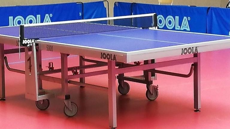 Tischtennis-Tische