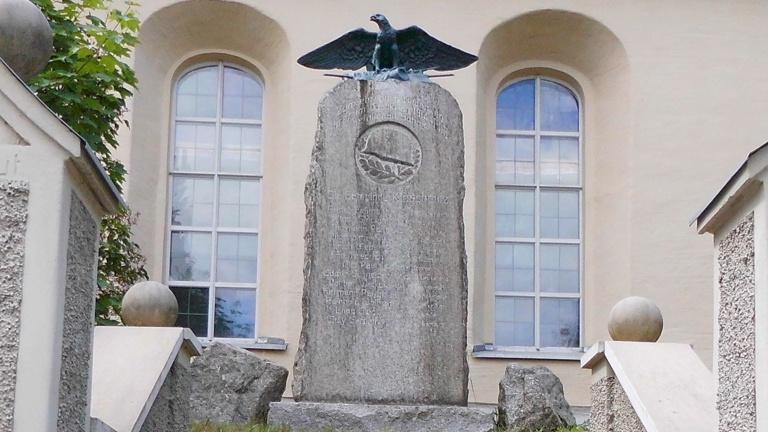 Restaurierung des Kriegerdenkmals in Kloschwitz