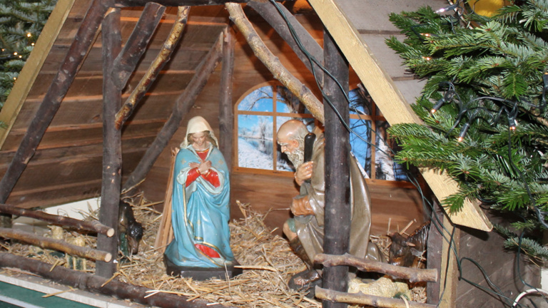 Krippenfiguren Heiligenhäuschen in Hartefeld