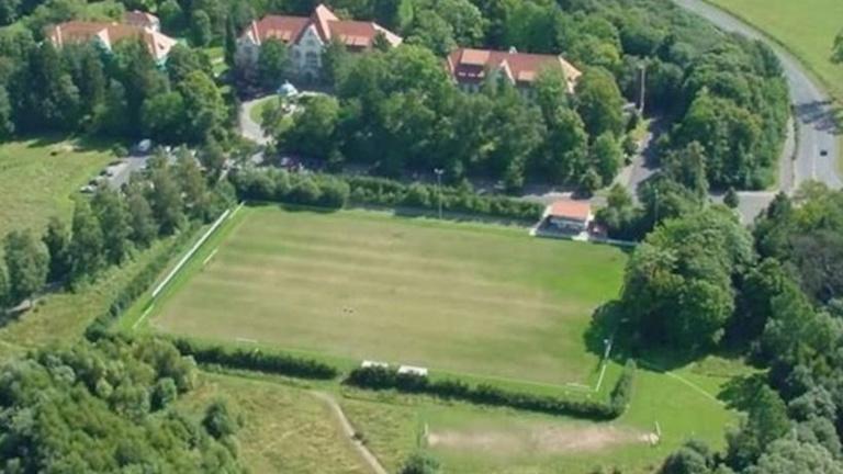 Sanierung der Rasenfläche im Lossetalstadion Fürstenhagen