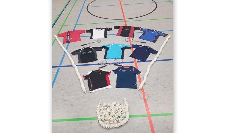 Einheitliche Trikots Abteilung Badminton