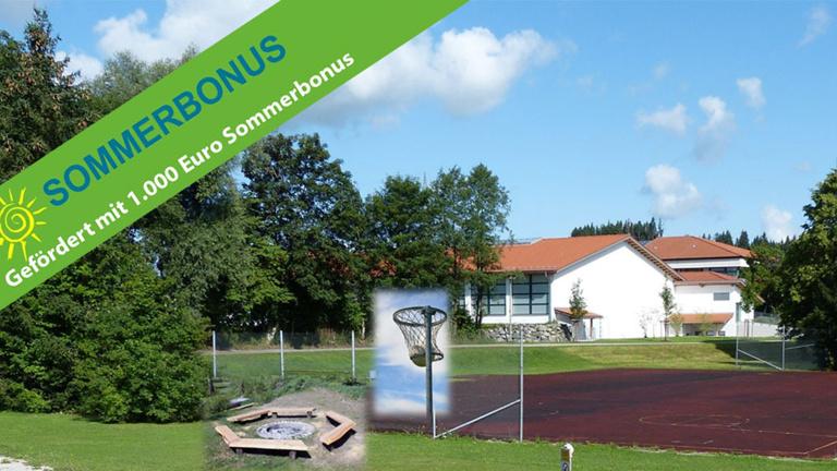 Grill- und Basketballplatz für die Jugend
