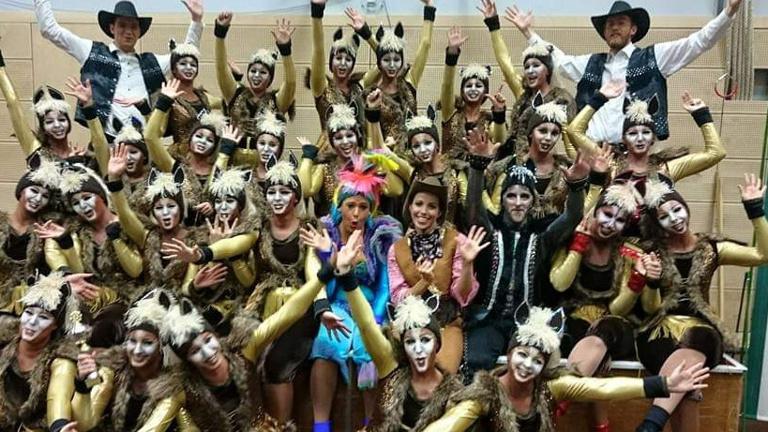 Outfit für unsere 80 Tänzer