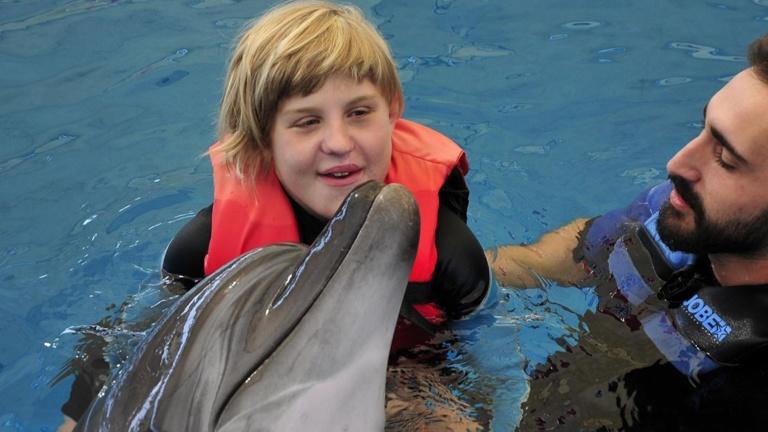 Ein Delphin für Lea