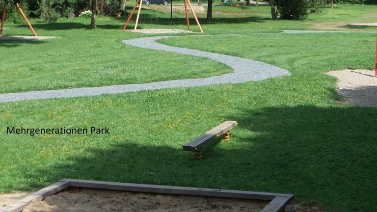Outdoor-Fitnessgeräte für den Mehrgenerationenpark
