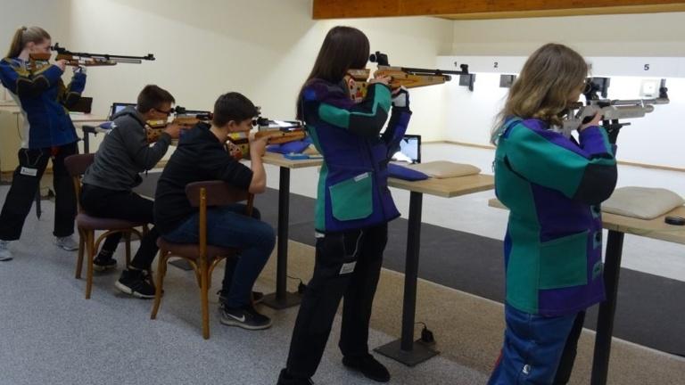 Luft- und Lasergewehre für die Jugend