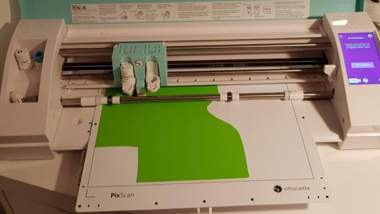 Neuer Schneidplotter für unser TextilLab