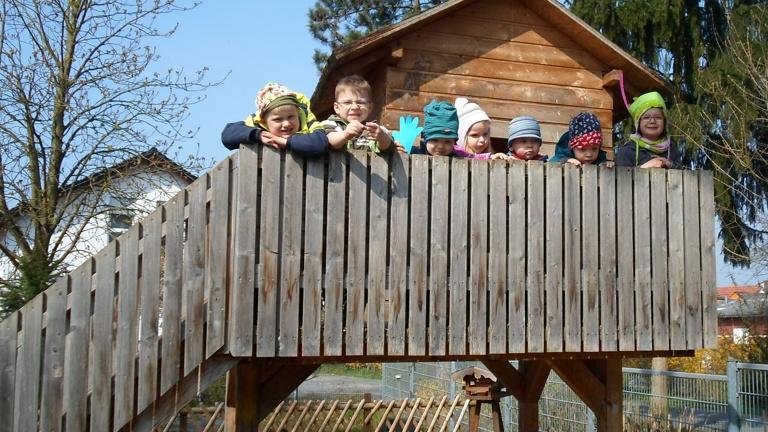 neues Baumhaus für die ev. Kita Leeheim