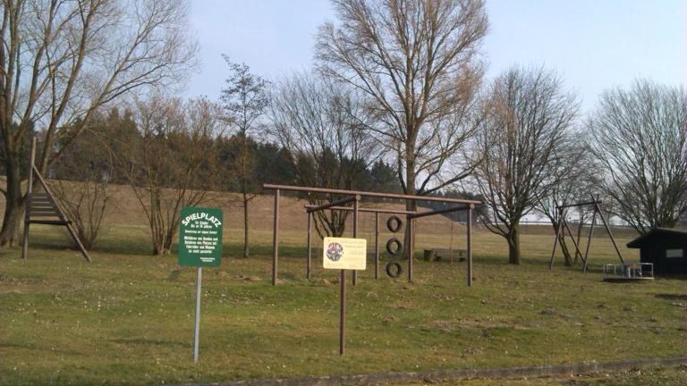 Spielplatz Neugestaltung an der Grillhütte Giesenhausen