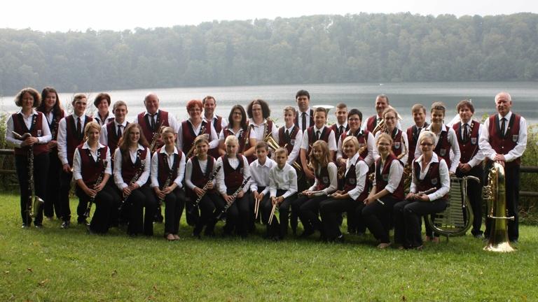 Anschaffung Uniformjacken für Musiker