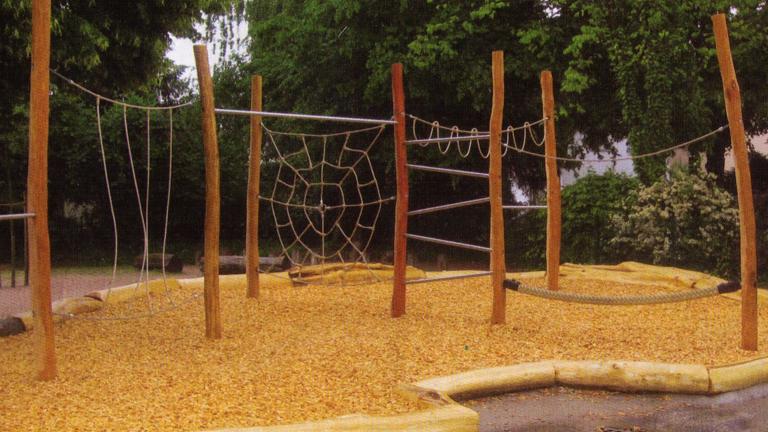 """Spielgerät """"Affenwald"""" für den Kindergarten Altschweier"""