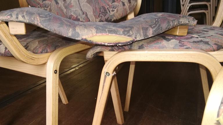Die große Kapellener Bürgersaal-Stühle-Aktion