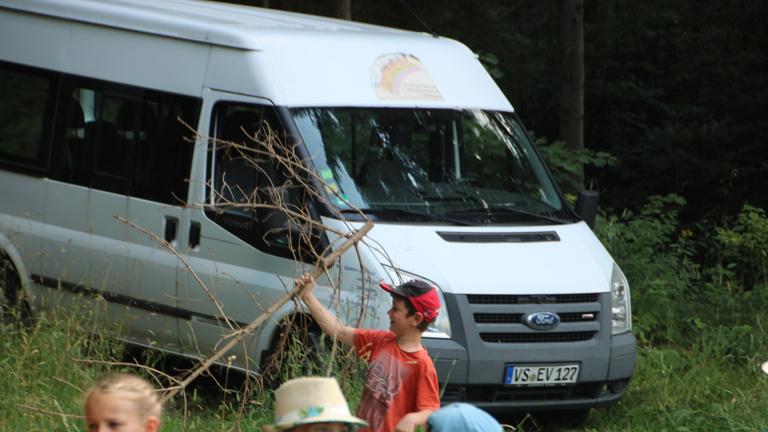 Neuer Jugendbus für Evang. Jugend i. Kirchenbezirk