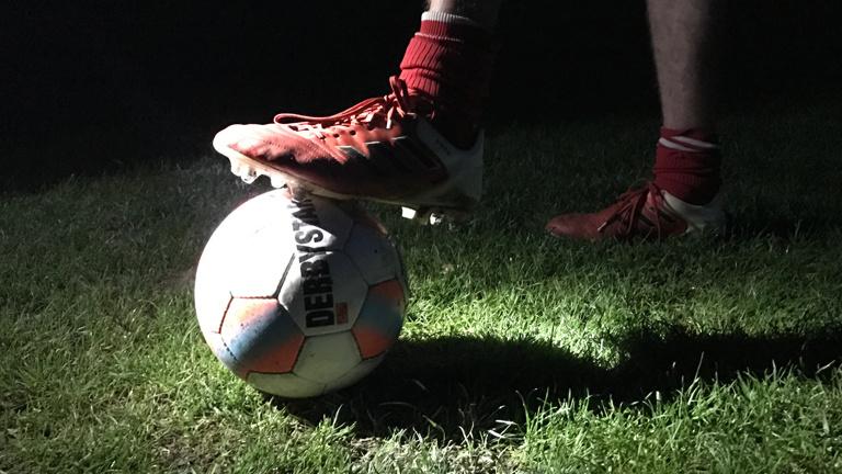 Licht für den Fußball in Scheeßel