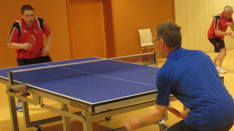 Neue Tischtennisplatten SV Reifferscheid