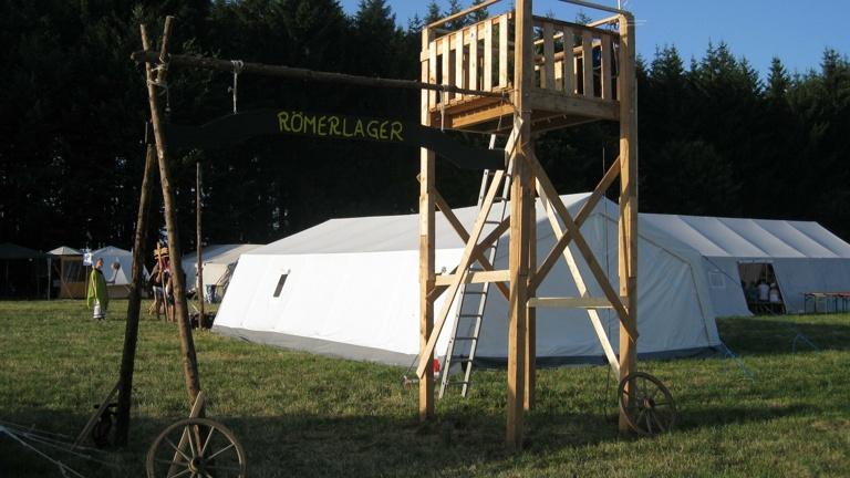 Jurtendach für die Zeltlagerarbeit