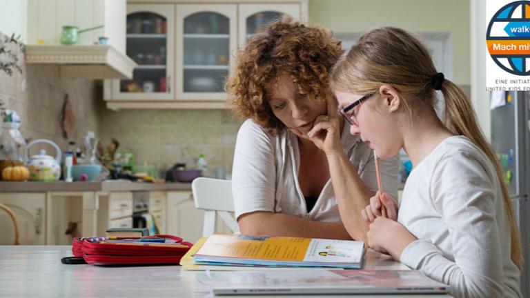Vermittlung von Hausaufgabenhilfe für Kinder