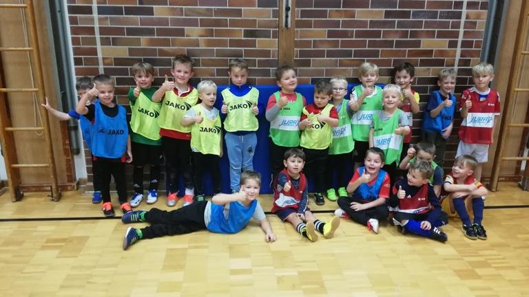 Trainingsanzüge für unsere kleinen Kicker