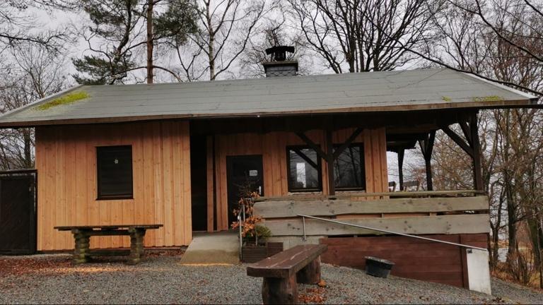 Renovierung Wanderschutzhütte Bontkirchen
