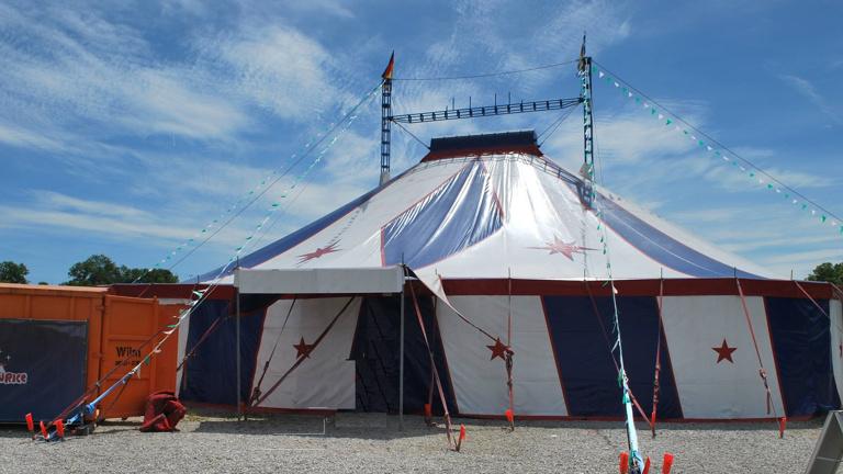 Zirkuszelt für Kinder-Ferien-Zeltlager