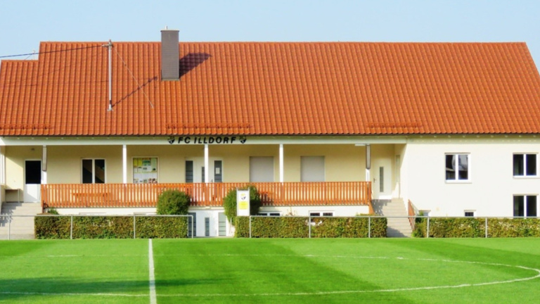 FC Illdorf - schöner Rasen