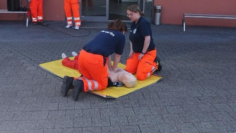 Beschaffung eines Defibrillators