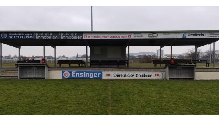 Neue Auswechselbänke für den SV Kressbronn
