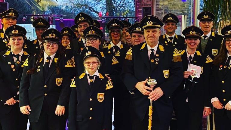 Karnevalskostüme für das Trommler- und Pfeiferkorps Aachen-Burtscheid