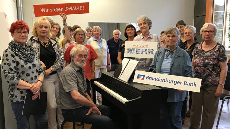 Ein Klavier für unseren Volkschor