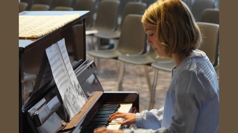 Klavier für die Musikschule Marienmünster