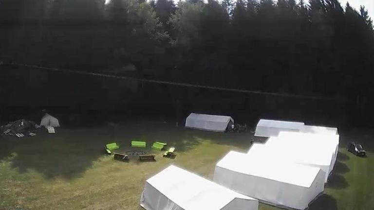 Neues Zelt für die Ministranten