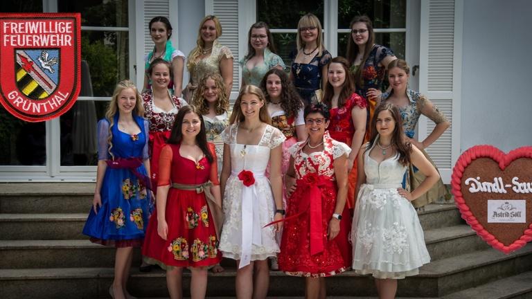 Festkleidung Gründungsfest 140 Jahre