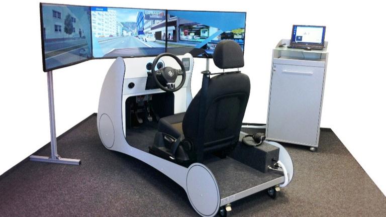 Pkw-Fahrsimulator für die Kreisverkehrswacht