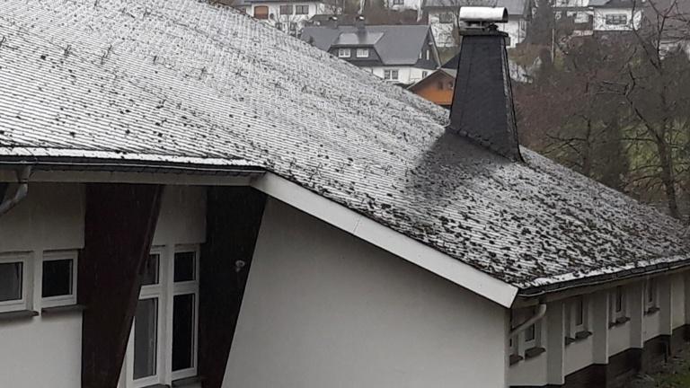 Dachsanierung Schützenhalle Hesborn