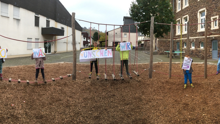 Kletterseilgarten für die Grundschule Reil