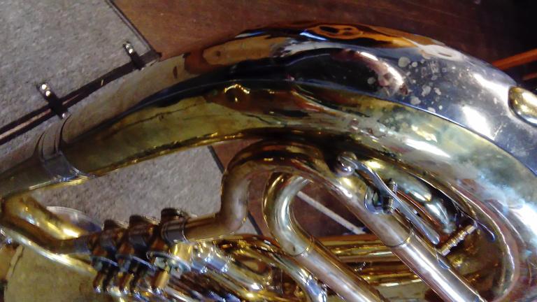 Neue Tuba für den Musikverein