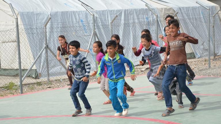 Spielen heilt - Ein Spielplatz für Kinder im Irak
