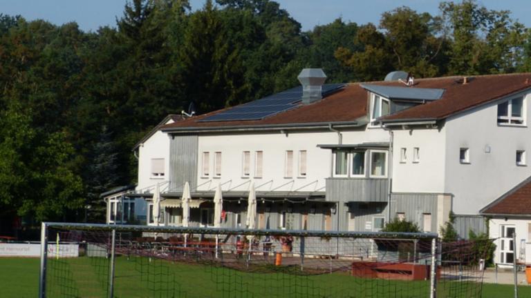 Errichtung einer Beleuchtungsanlage -TSV Katzwang