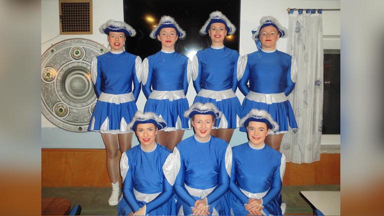 Neue Auftrittskostüme für die Damengarde Ippesheim