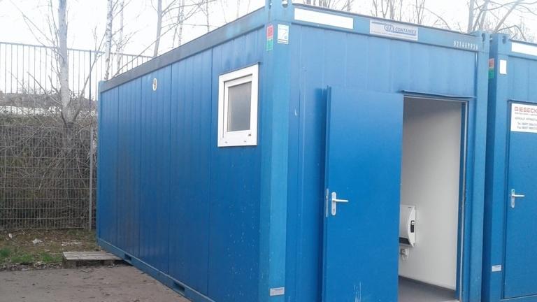 Sanitär-Container auf der Wenzelwiese