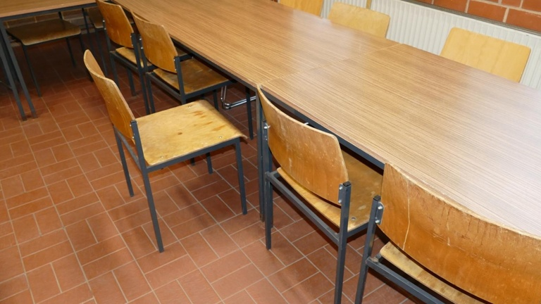 Tische und Stühle für unser neues Feuerwehrhaus