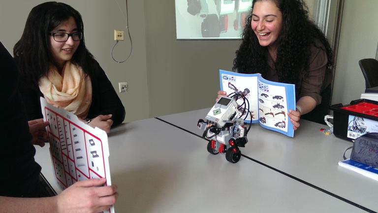 Technikförderung für Mädchen am Herder-Gymnasium
