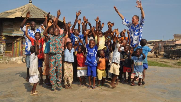 Ein Dach für den Kulturaustausch mit Afrika/Ghana