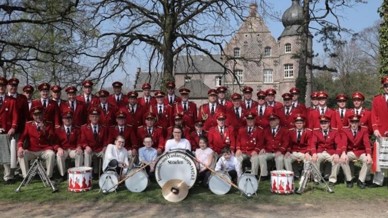 Uniformhosen für das Trommler- und Fanfarenkorps 1927 Straelen e.V.