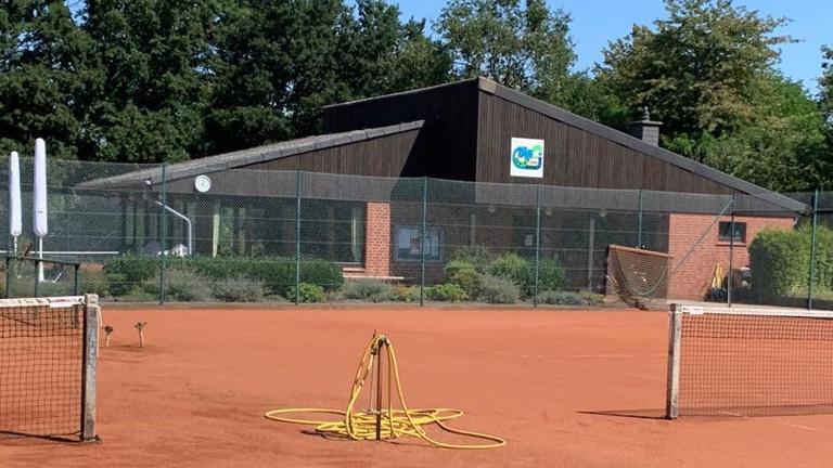 Neue Beregnungsanlage für die Tennisabteilung
