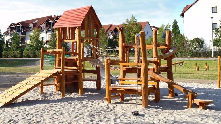 Klettergerüst für den Kindergartenhof
