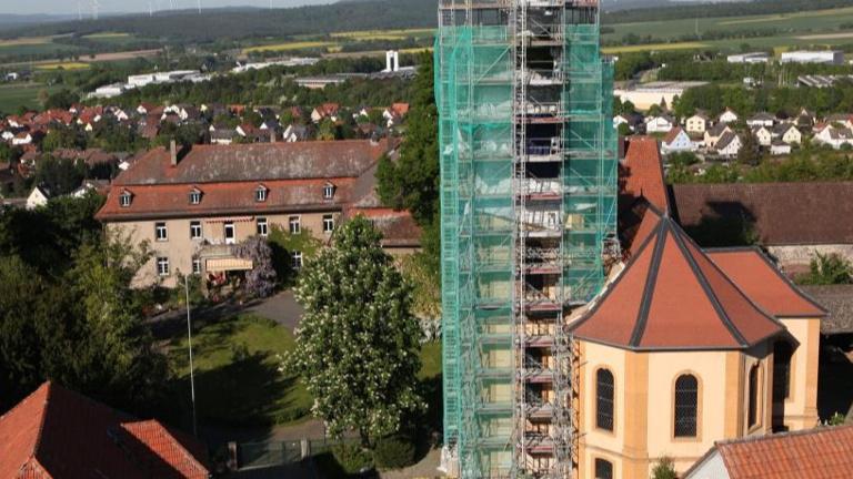 Der Schiefe(r)Turm von Altenburg ...bröckelt!