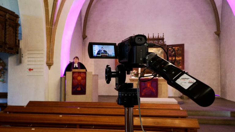 Filmequipment für Gottesdienst und Jugendarbeit