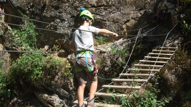 Anschaffung neuer Klettersteigsets