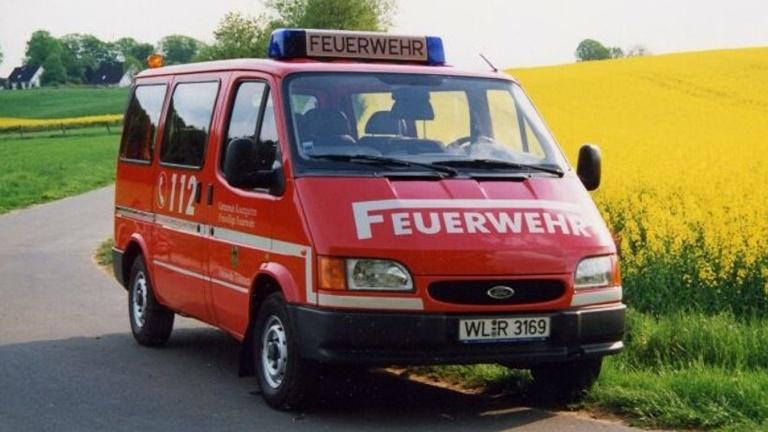Neuer Feuerwehr-Mannschaftstransportwagen